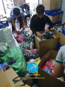 gửi quần áo giầy dép đi Đài Loan giá rẻ