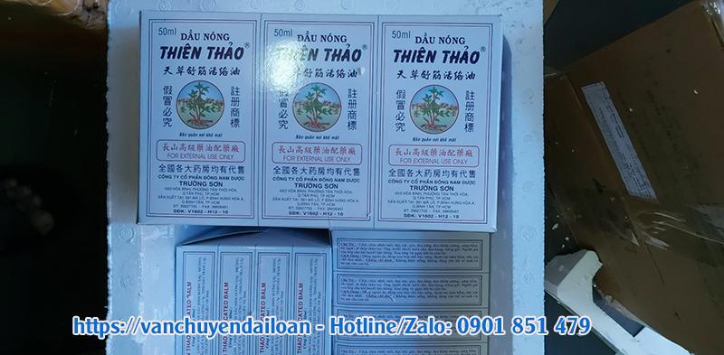 Gửi dầu nóng xanh Thiên Thảo đi Đài Loan